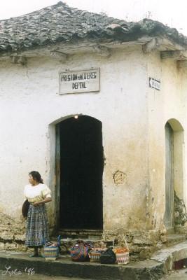 Una Via: Womans' Prison, Santa Cruz del Quiche 1996