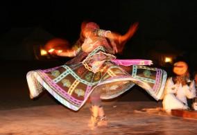 Gypsy Dancer, Dera Jaisalmer Tent Camp, Rajasthan, India