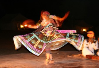 Gypsy Dancer, Dera Jaisalmer Tent Camp, Rajasthan, India