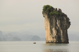 Ha Long Bay Monolith