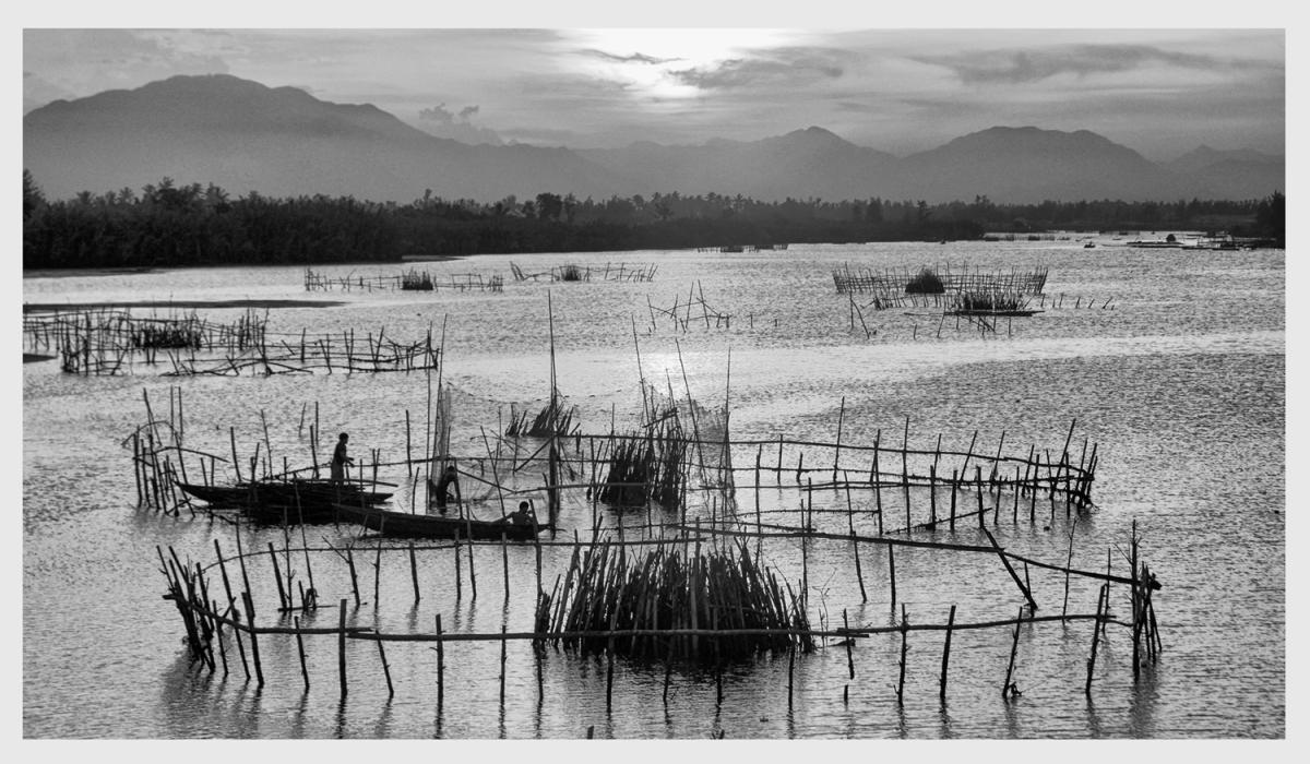 ACCEPTED - Fishing pens, Hoi An, Viet Nam - lr