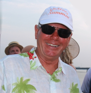 Endless summer - Beach Boys' Mike Love aka Gerry Albright