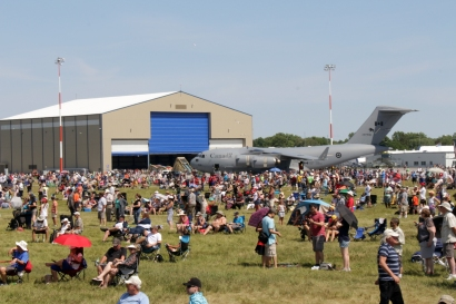 Crowds CFB Trenton Qunte International Air Show June 25, 2016
