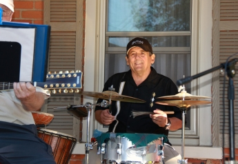 Whystle Dogs Drummer
