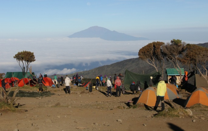 Mt Meru 4,562.13 metres/14,968 ft),