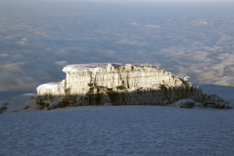Sunrays on Rebmann Glacier