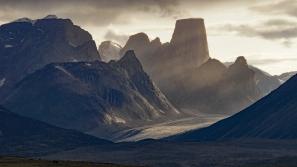 Misty Mount Asgard at dinnertime km 37.5
